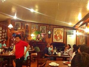 セブ島フィリピン料理 STK|店内