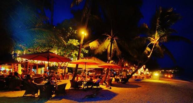 alona-beach-nightlife-philippines-proinsias-faulkner