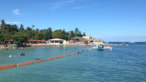 フィリピンセブ島の公共ビーチリゾート