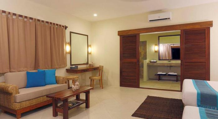 http://www.booking.com/hotel/ph/sumilon-bluewater-island-resort.ja.html