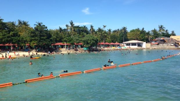 VANO BEACH(150pesoの公共ビーチ)