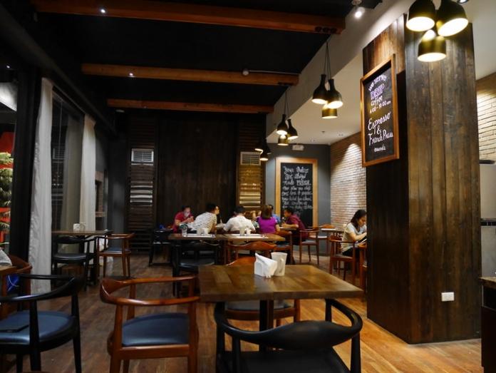 cuarto hotel restaurant toast 17 1