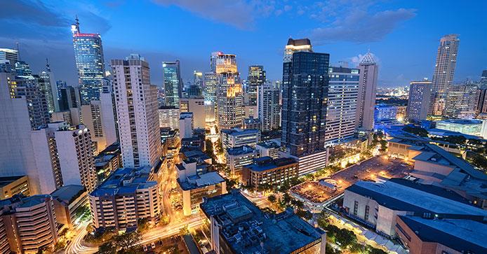 近代化されたマニラ市街地/