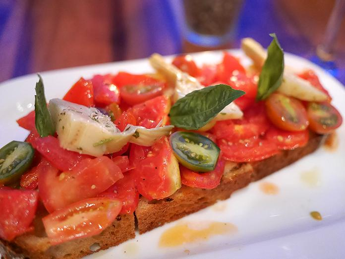 tavolata abaca italian restaurant7 1