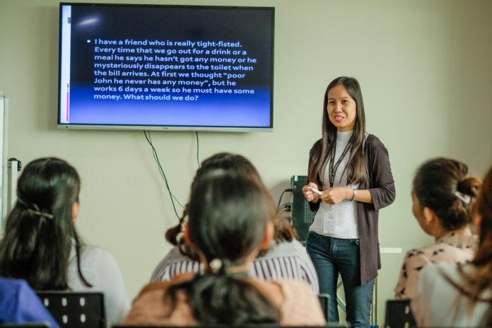 フィリピン人講師はネイティブスピーカーではない