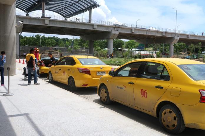 セブ島のタクシー