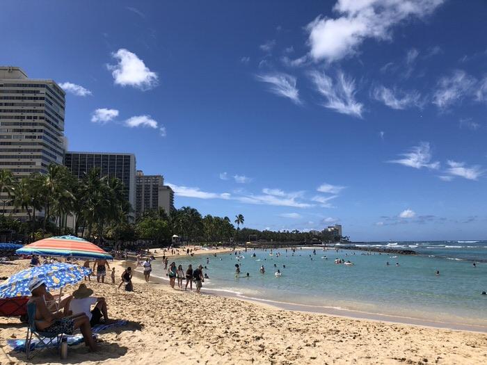 ハワイ留学とセブ島留学はここが違う!失敗しないリゾート留学の選び方4